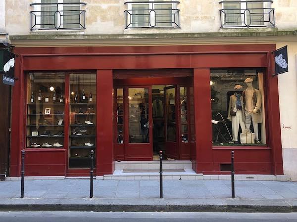 パリのアナトミカ