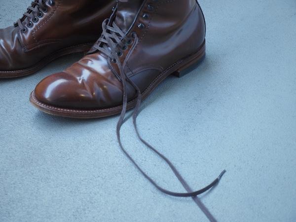 ブーツの紐
