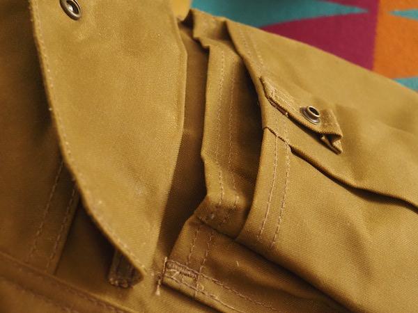 正面のポケット